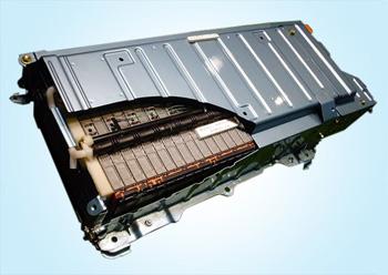 Toyota dan Panasonic Bekerjasama Membuat Baterai Mobil Listrik