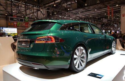 Tesla Versi Wagon Satu-satunya Di Dunia Ini Akan Dijual Pemiliknya