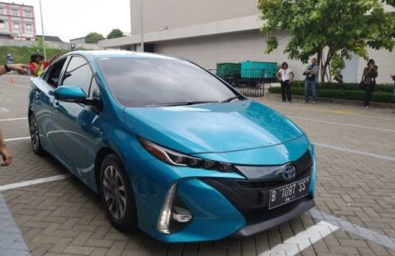 Indonesia Menargetkan Produksi 600 ribu Mobil Listrik Di Tahun 2030