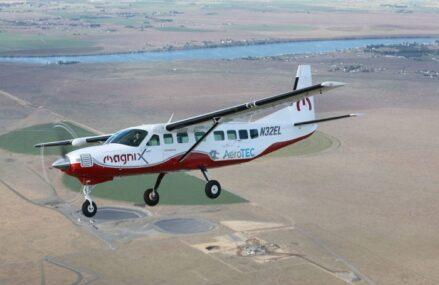 Pesawat Ini Berhasil Terbang Dengan Mesin Listrik