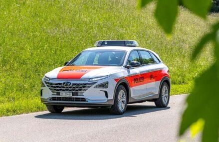 Polisi Swiss Mulai Ujicoba Mobil Patroli Hidrogen