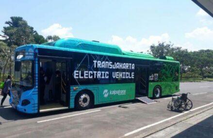 Transjakarta Akan Ujicoba Bus Listrik BYD
