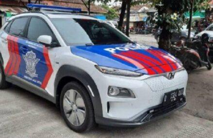 Patwal Gubernur Jabar Menggunakan Mobil Listrik