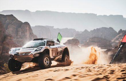 Balapan SUV Elektrik Di Gelar Di Saudi Arabia