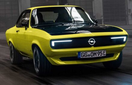 Opel Manta GSe : Mobil Listrik Retro Bertransmisi Manual